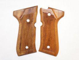 Pistole Beretta 92 Griffschalen, Kurzwaffen Griffschalen, Pistolen Griffschalen, Revolver Griffschalen, Waffen Teile, Waffen Zubehör, neu Griffschalen, Holzgriffschalen, original Griffschale